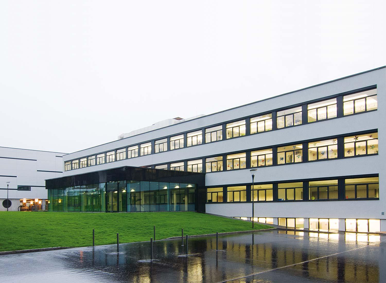 Architekturfotografie neue Mittelschule Kirchbichl